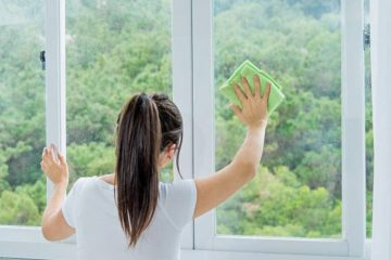 Outsource Cleaning Your Company Windows