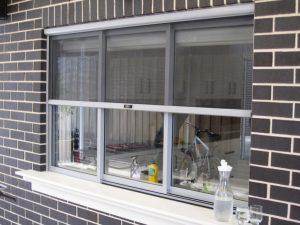 Retractable screen doors in Sydney