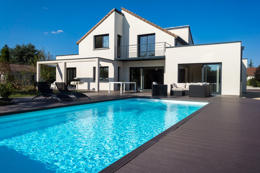 The Complete Guide to Building a Swimming Pool