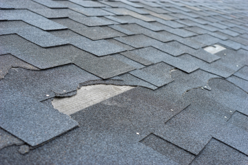7 Roof Maintenance Tips That Make a Huge Difference