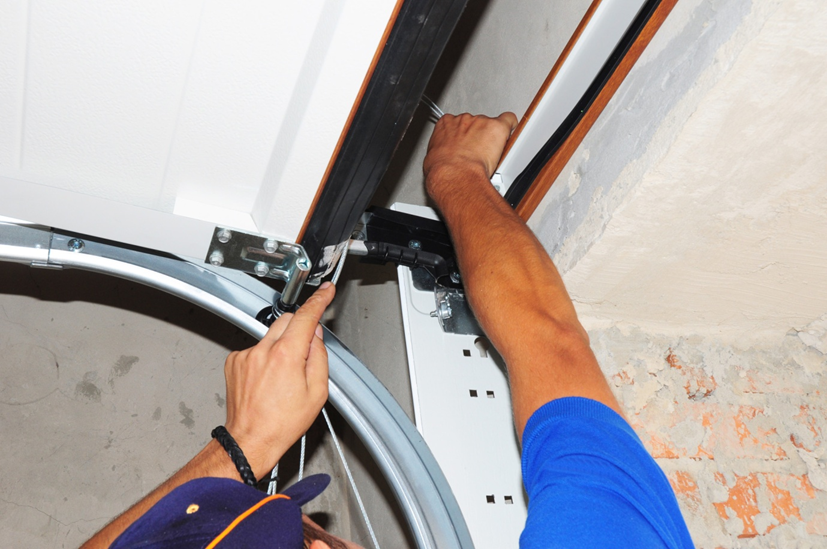 How Much Does Garage Door Repair Cost? A Price Guide