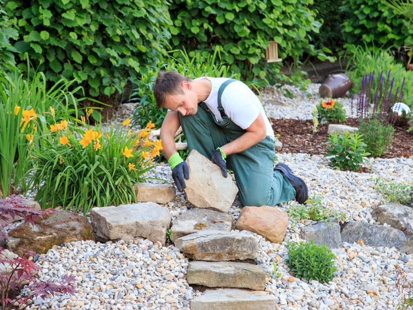 The Ultimate Guide on Choosing the Right Landscaping Stone